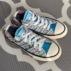 Converse all star sneakers girls size 12